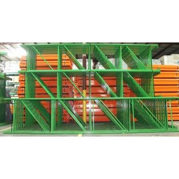 "New Teardrop Upright: 18'H X 42""D, 3"" X 1 5/8 Green, 11.5K lbs Cap. @ 48"" Beam Spacing"