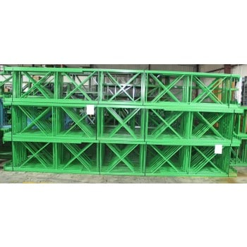 """New Teardrop Upright: 24'H X 42""""D, 3"""" X 3"""" Green with Seismic Base Plate"""